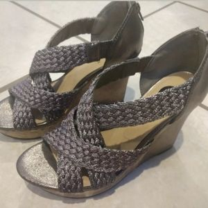 Guess Pewter Wedges Size 6.5